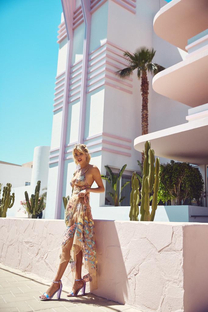 amy-neville-paradiso-hotel-ibiza-pink-LA-swimwear-photographer-fashion-london-fun-2Z5A1515 f1